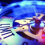 Detailaufnahme einer mechanischen Uhr - LIMIT